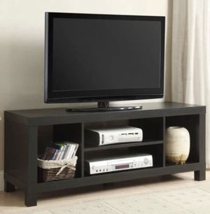 """Mainstays TV Stand for TVs up to 42"""" for Sale in San Lorenzo, CA"""