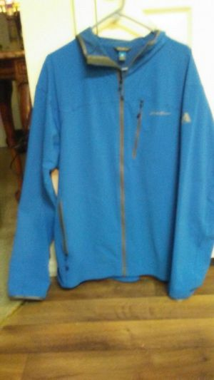 Mens Eddie Baure xl running rain jacket for Sale in High Ridge, MO