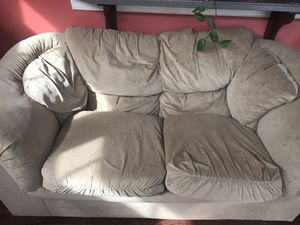 Love seat for free for Sale in Fairfax, VA
