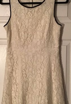 Small Girly Lace Dress for Sale in Smyrna,  GA
