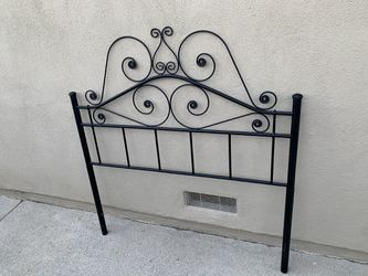 Vintage black metal headboard for full or twin bed for Sale in Huntington Beach,  CA