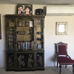 Beautiful 1960's China Cabinet for Sale in Oakland, CA