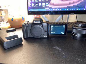 Canon eos m50 w/ kit lense for Sale in Santa Ana, CA