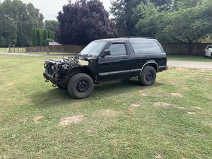 Chevy s10 blazer shell for Sale in Woodland, WA