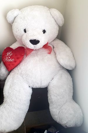 Big white teddy bear for Sale in Richardson, TX