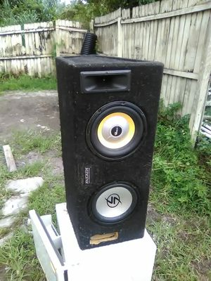 """10"""" Subwoofer in box for Sale in Fort Myers, FL"""