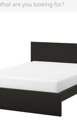 Selling Queen Bed And Mattress for Sale in Marina del Rey,  CA