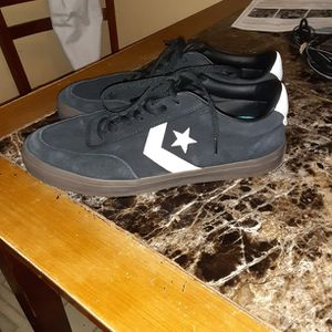 Mens Converse Size 11 for Sale in Bloomington, IL