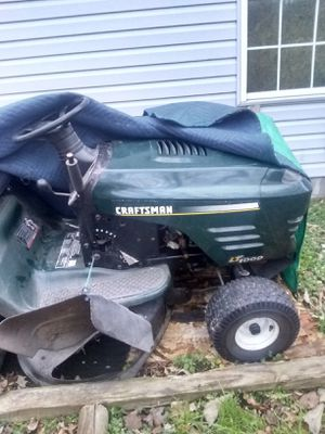 Craftsman riding lawn mower with bag attachment runs great $500$ obo for Sale in Chesapeake, VA