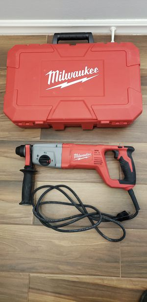 Milwaukee 8 Amp Corded 1 in. SDS D-Handle Rotary Hammer for Sale in San Diego, CA