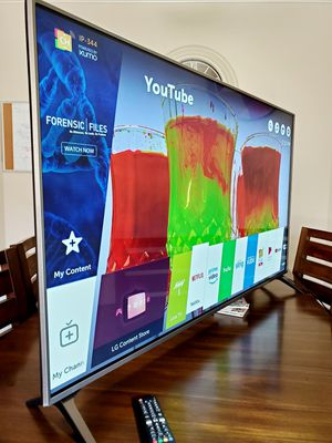 """LG 43"""" Smart TV UHD HDR 4k!!! Excellent picture!! WOOWWW!!!! for Sale in Mesa, AZ"""