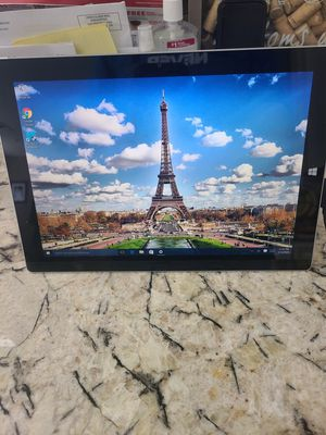 Microsoft surface 3 tablet 64gb for Sale in Garden Grove, CA