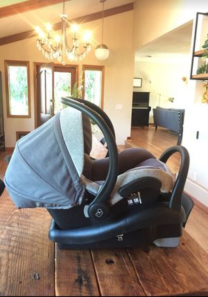 Baby car seat - Maxi Cosi luxury for Sale in Portland, OR