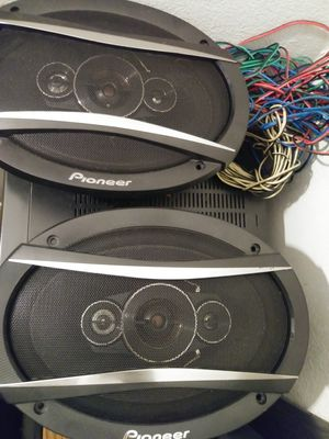 Pioneer 3 ways 100rms 600max for Sale in Fresno, CA