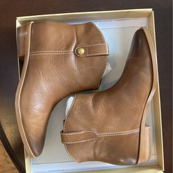 Michael Kors Boots for Sale in Shelbyville,  TN