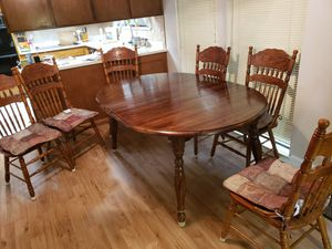Kitchen table and chairs for Sale in Elk Grove, CA