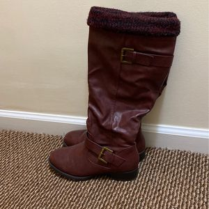 Just Fab Maeve 7 Wide Barely Worn Boots for Sale in Brick Township, NJ