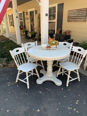 Dining Room Table, Kitchen Table, Chairs, Breakfast Nook for Sale in Auburn, CA
