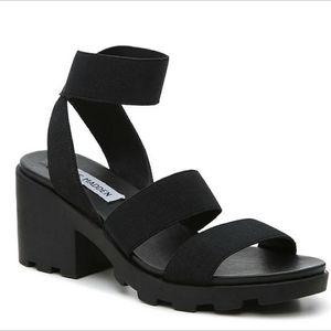 *NEW* Steve Madden Haidar Sandal / Heels 8.5 for Sale in Huntington Park, CA