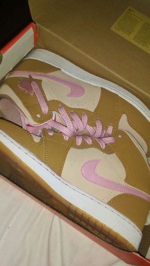 jordan 1 retro lola bunny for Sale in Orlando, FL