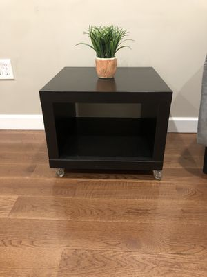 Brown end table for Sale in Boston, MA