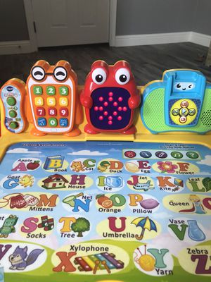 VTech touch and learn deluxe desk for Sale in San Marcos, CA