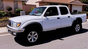 FANCY 2003 Toyota Tacoma for Sale in Pittsburgh, PA