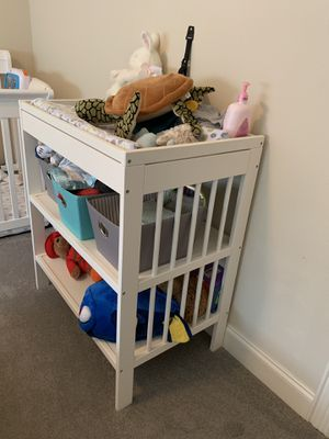 Baby furniture- changing table and bookshelf for Sale in Dallas, TX