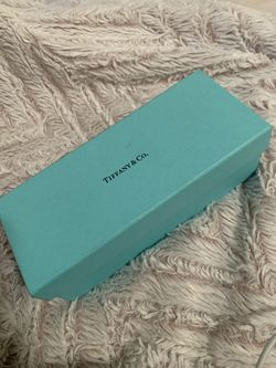 Tiffany & Co. glasses case for Sale in Colton,  CA