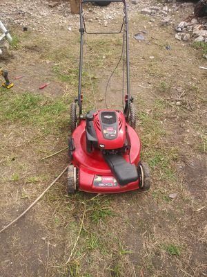 Toro lawn mower self propelled 7hp (no bag) for Sale in Houston, TX