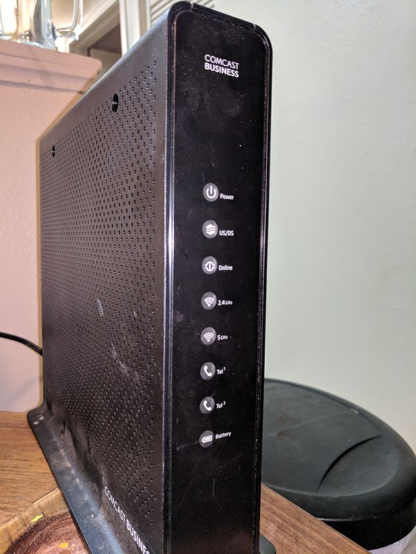 Cisco Comcast Business Dpc3939b Docsis 3 0 Gateway Wifi Router Great Condition For Sale In Mansfield Ct Offerup