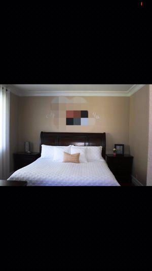CAL-KING bedroom set for Sale in Lancaster, KY
