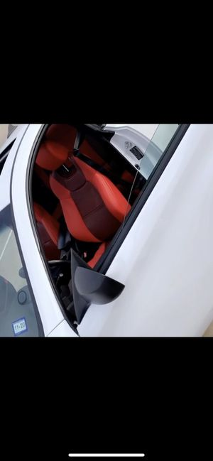 Interior Hyundai Genesis coupe for Sale in Katy, TX