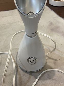 Facial Steamer White for Sale in Temple City,  CA