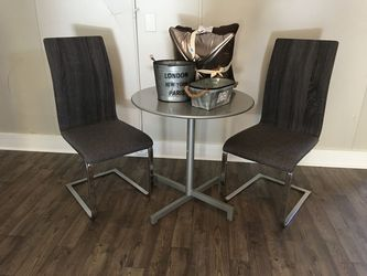 Three piece table set. for Sale in Prattville,  AL