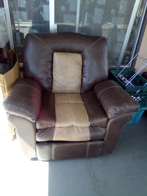 Recliner chair for Sale in Mesa, AZ