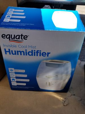 Humidifier New in Box open Nuevo en caja abierta location Maryland and eastern for Sale in Las Vegas, NV