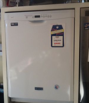 New open box maytag dishwasher MDB4949SDH for Sale in Hawthorne, CA