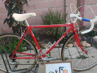 Road Bike Univega for Sale in Long Beach,  CA
