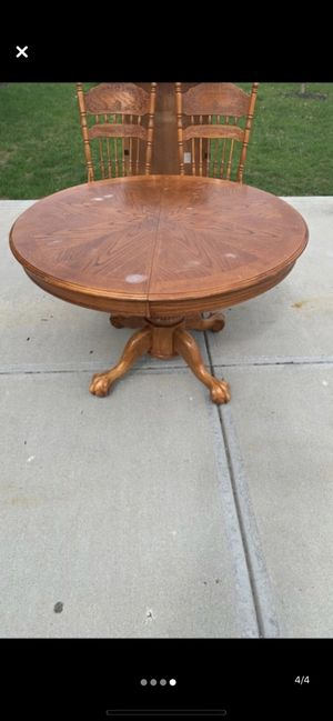 Kitchen table with 4 chairs for Sale in Plainfield, IN