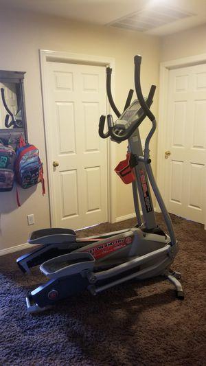 Schwinn 460 Elliptical Crosstrainer for Sale in San Clemente, CA