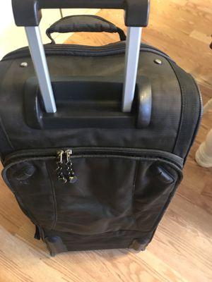 Samsonite wheeling Duffle bag like new!!! for Sale in Coram, NY