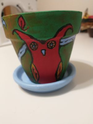 Red Owl hand-painted Planting Terracotta Pot for Sale in Brooklyn, NY