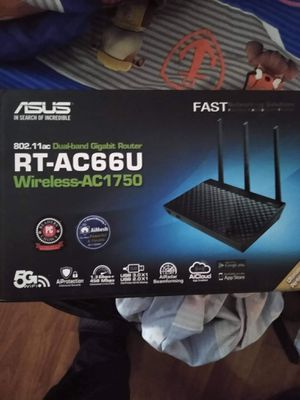 Dual band GB Router for Sale in Clovis, CA