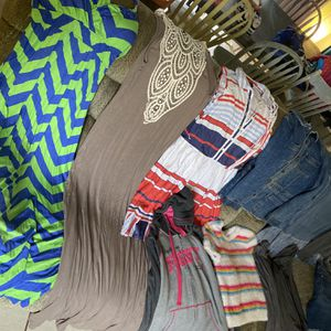Women's Size L/XL Lot- 11 Pieces for Sale in Eustis, FL