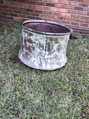 Antique Container for Sale in Fairburn, GA