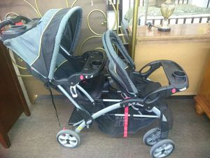 Sit and stand stroller by Baby Trend for Sale in Tampa, FL