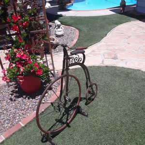 Vintage old fashioned bicycle decor for Sale in El Cajon, CA