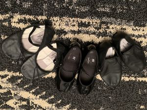 American Ballet Theatre Girls 11 1/2 ballet, tap, and jazz shoes for Sale in Snohomish, WA