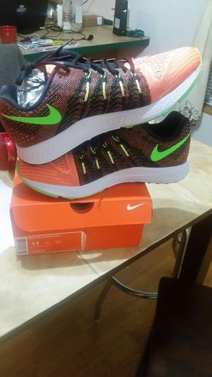 Nike air zoom elite 8 size 11 for Sale in Seattle, WA